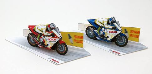 Papercraft imprimible y armable de motos GP. Manualidades a Raudales.